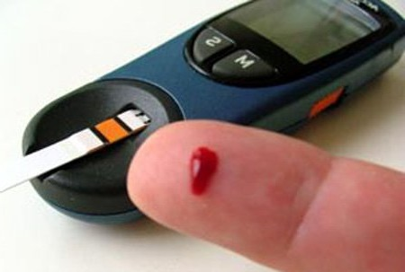 ستة أسباب تتطلب منك مراقبة نسبة السكر في الدم