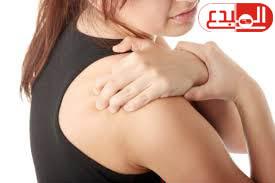 دراسة أمريكية تحذر: آلام الكتف مؤشر للإصابة بأمراض القلب