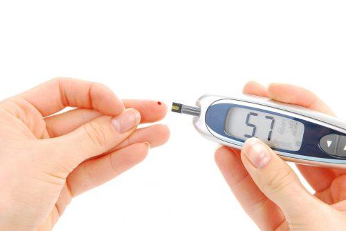 اختبار دم يكشف عن علامات الإصابة بسكر الحمل في الشهور الأولى