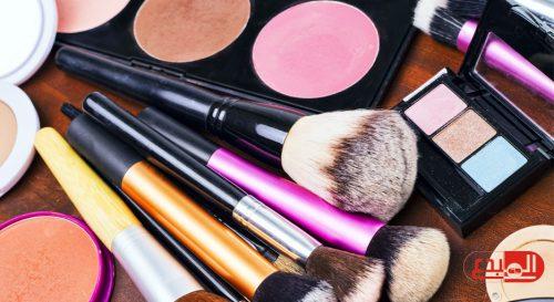 دراسة: علامات تقدم العمر مرتبطة بمستحضرات التجميل