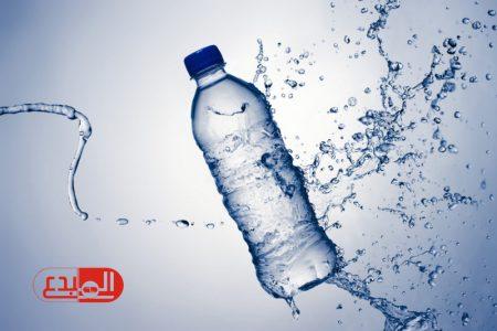 دراسة بريطانية تحذر: المياه المعدنية ضارة بالأسنان