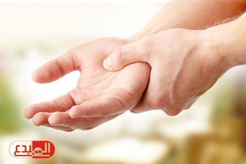 الخدر في اليد، الأسباب، الأعراض والعلاج!