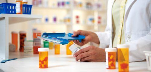 الصحة تعتزم تحديد أسعار الأدوية وكشفية الأطباء خلال الأسابيع المقبلة