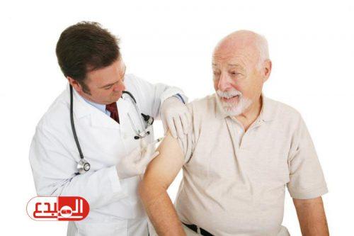 الصحة البريطانية: لقاح الأنفلونزا الحالي غير فعال لمن يزيد عمرهم على 75 عاما