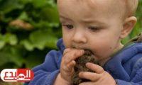 كل ما تريد معرفته عن مرض بيكا وسر رغبة أكل الطين والطباشير