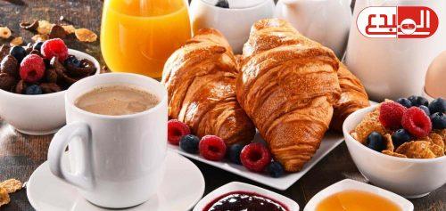 تناول الطعام في ساعة مبكرة يساعد على فقدان الوزن !!!